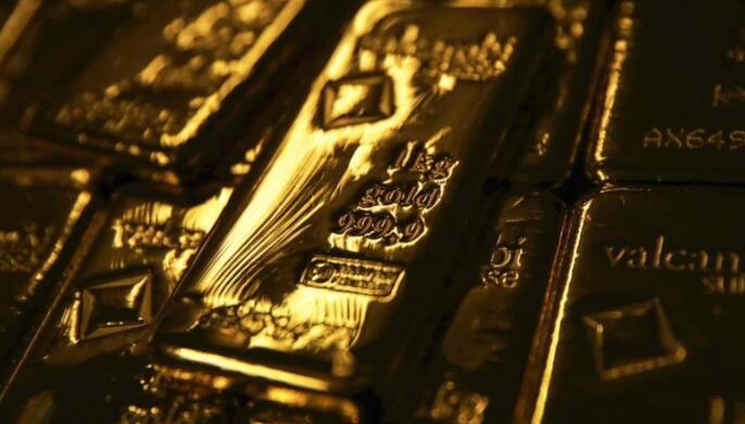 在创纪录的反弹之后,随着美元走强,黄金价格暴跌